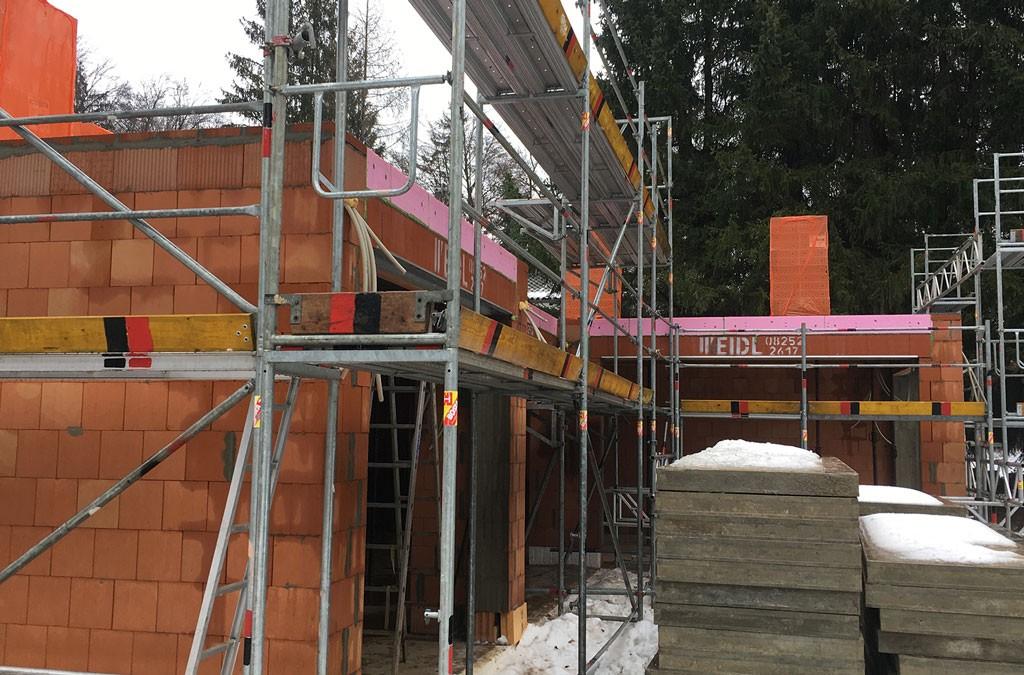 Gerüstbau München - Grünwald - Dr. Max Straße - Gerüstbau für Betonbau (baubegleitend)